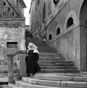 Ada Ardessi,  San Vincenzo,Croazia, 1963, ph. courtesy Isisuf