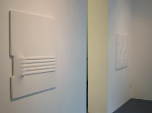 Agostino Bonalumi   Paolo Radi. Magnitudine apparente, Installation view,Milano, 2010, ph. courtesy Isisuf